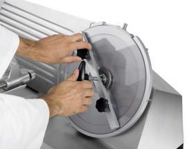 Полуавтоматический слайсер-ломтерезка Rheninghaus Start 300 SBR снятие ножа 3