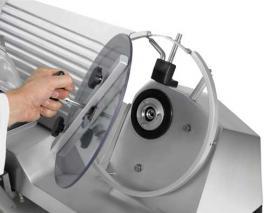 Полуавтоматический слайсер-ломтерезка Rheninghaus Start 300 SBR снятие ножа 4