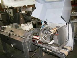 Шкуросъемная машина для сельди BAADER 56 б/у открыта