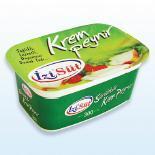 Упаковка сливочного крема в контейнеры