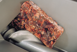 Волчок-мясорубка GEA MaxiGrind 400 S рубка блока