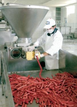 Вакуумный шприц ODM 2000 производство сосисок